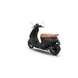 Segway E125S eScooter Phantom Black 25km/h tot 140km actieradius* - rijklaar
